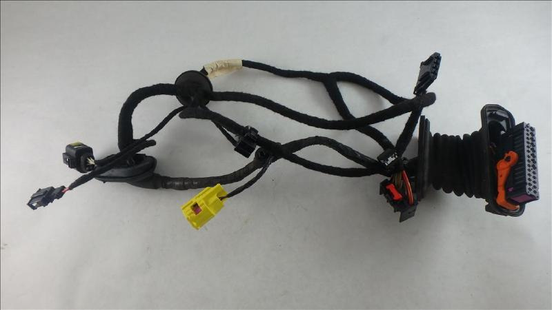 BA70F8D0977A441981775A2D909C8C65001_web auto haas auto parts 2006 jetta driver door wiring harness at fashall.co